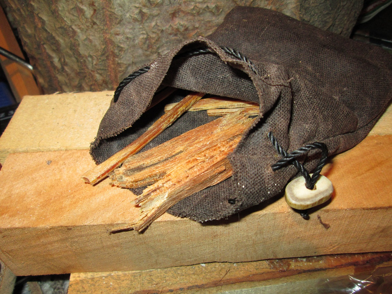 Fatwood Pouch