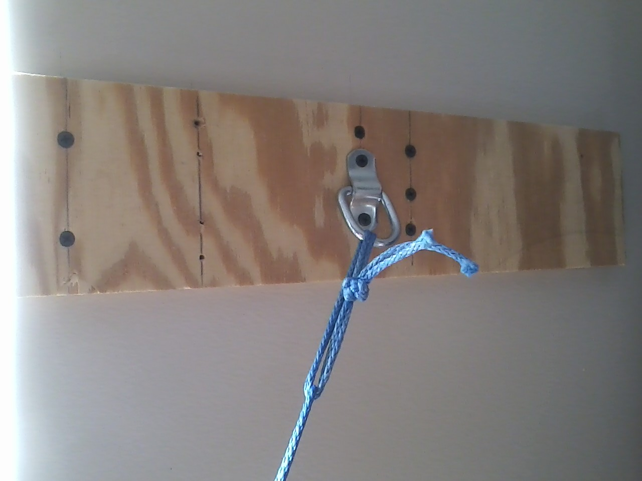 Indoor Hang Mount 2
