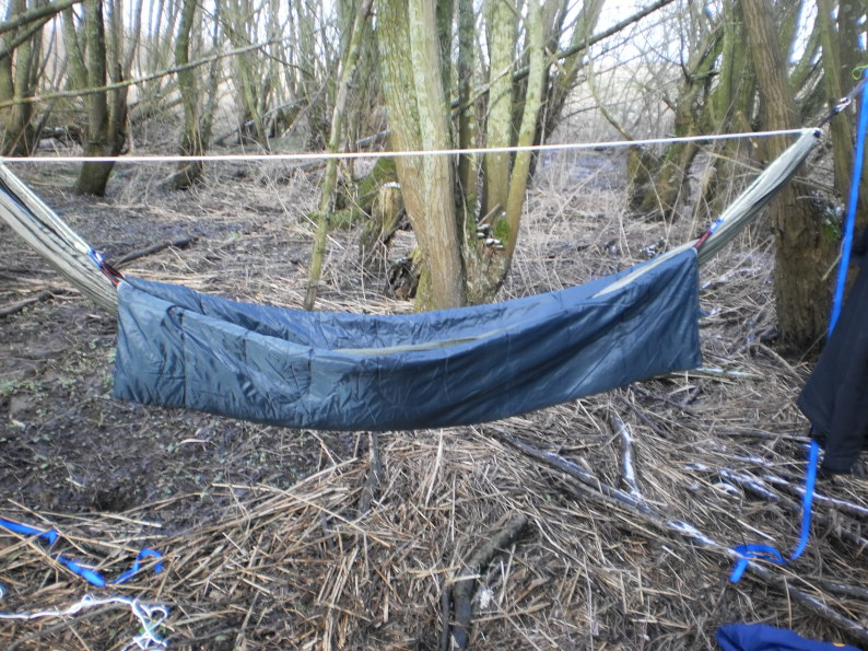 i also bought a cheap sleeping bag and tried to make a decent underquilt of it  but it u0027s a bit too narrow to lie in the hammock diagonally so it needs some     so i u0027m dutch     rh   hammockforums