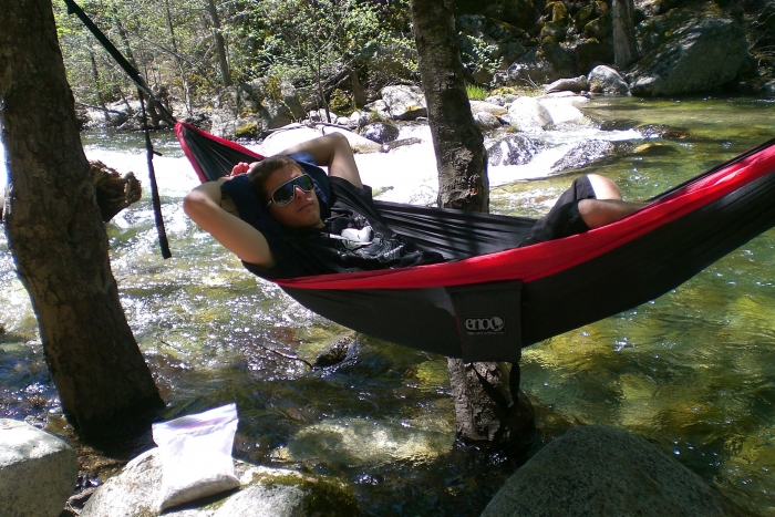 Eno Singlenest Above Feather Falls Ca