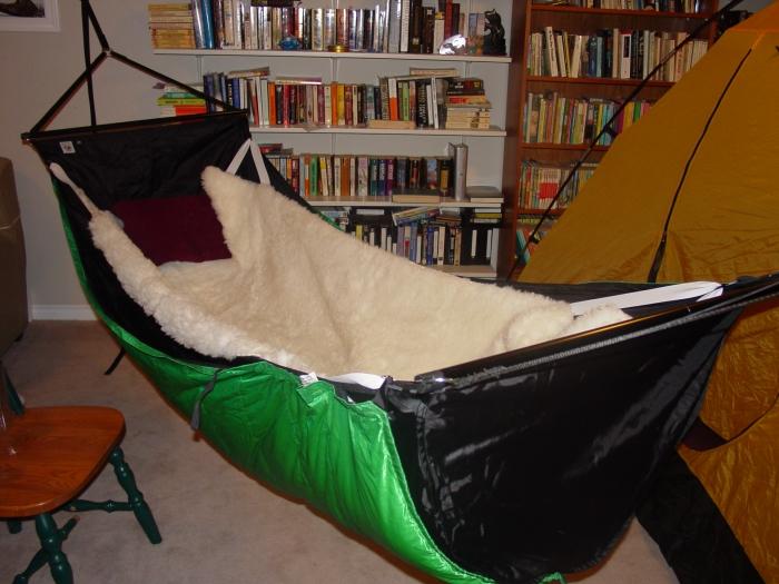 Bmbh Sheepskin Nest
