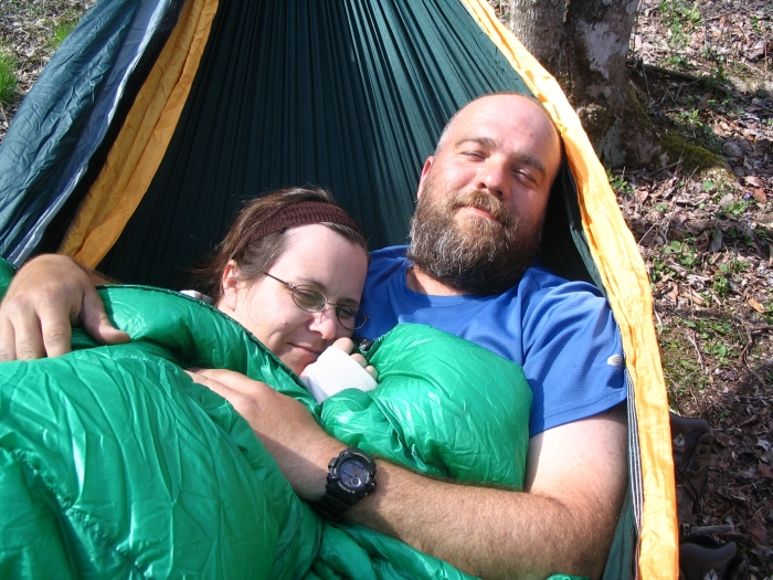 The Hammock Angle: How To Relax (And Sleep) Comfortably In A Hammock ...