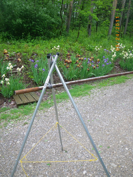 how to make your own tripod